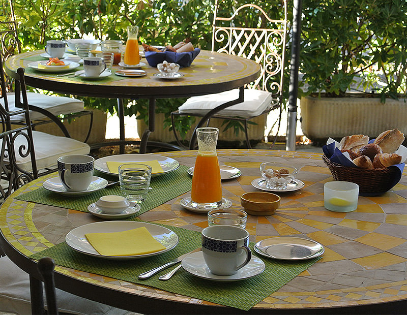 Petits déjeuner en terrasse