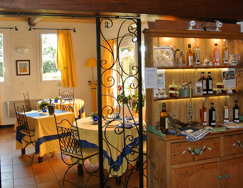 Provencal decorated Bed and Breakfast